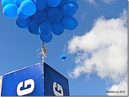 Samsung balloons flying in the sky of Amman.